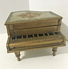 VINTAGE NORLEANS WOODEN PIANO MUSIC JEWELRY BOX circa 40s NOT WORKING AS IS