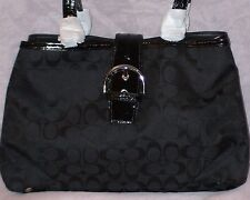 $378 SOHO SIGNATURE CARRYALL PURSE BAG COACH 23163 SILVER/BLACK NWT/NEW