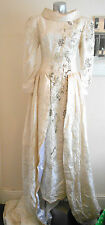 VINTAGE 50S UPDATED IVORY WHITE BROCADE BEADED TUDOR ELIZABETHAN WEDDING DRESS 8