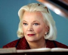 Gena Rowlands UNSIGNED photo - H3991 - The Notebook