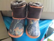 Unisex western DBL Barrel Camo Bootie slippers size M (1-2) New