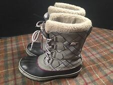 Sorel Womens Sz 7 Gray Black Purple Winter Boots Excellent Very Cute Gently Used