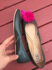 NEW Woman's 100% Green Leather Slide In Comfort Shoes Flats Sandals Size 8