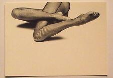 Carte postale Paul Huf , jambes de femme avec bas resille  postcard