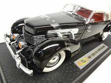 1937 Cord Phaeton 812 1:18th scale diecast Signature Models E.L 1936 810 Model
