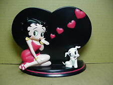 Betty Boop PEN HOLDER  HEART KISSES  DESIGN  (RETIRED)