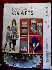APRONS/CHRISTMAS DECORATIONS/ MULTI  / CRAFT/  PATTERN / MCCALLS #M5547  UNCUT