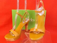 NIB CHARLES DAVID MUSTARD LEATHER EXUDE ANKLE STRAP WOODEN HEEL SANDALS 8.5
