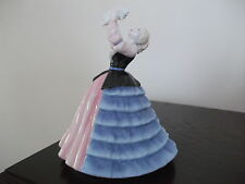 "Royal Doulton Figurine""Susan"" HN4777 Pretty Ladies Collection"