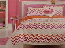 7 pc Circo Pink Zigzag Collection Full Comforter Bedding Set NIP
