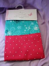 """Lucy Cromwell  """" Apron """" """" hallmark./ ideal Gift."""