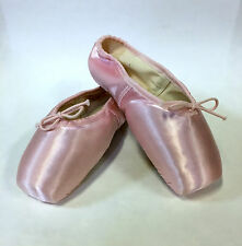 Vintage Capezio P103 Pink Satin Women's 3C Pavlowa® Pointe Shoes w/ Defects