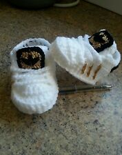 Handmade crochet baby shoes for baby girls and boys from 3-6 months