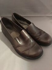 Clarks Womans Brown Leather Slip Ons Size 9