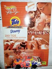 NEW HOT WHEELS TOY RACING TIDE Downy Race Nascar 2001 Ford Taurus  #32 Car 1-64