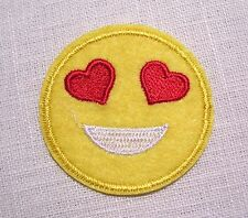 PATCH écusson APPLIQUE thermocollant - SMILEY YEUX COEUR ** 5 cm **