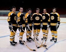 Bobby Orr & the Boston Bruins NHL Hockey Team 8x10 Photo Picture