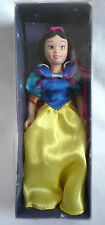 DISNEY SNOW WHITE PORCELIN FIGURE BY DEAGOSTINI IN BOX