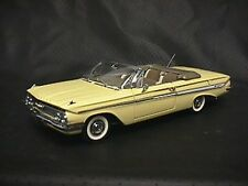 WCPD 1961 Chevy Impala Convertible Corona Cream 1:24 scale diecast