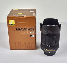 NIKON 18-140mm f/3.5-5.6G AF-S DX ED VR NIKKOR Lente Con Tapas, Capucha Y Caja