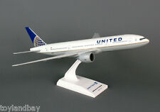 SkyMarks SKR597 United Airlines UAL Continental Boeing 777-200 1:200 Scale New