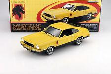 Ford Mustang II Stallion Baujahr 1976 gelb - schwarz 1:18 Greenlight