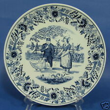 """f260: THE CHICKENS ARE FED on an 8½""""  DELFT BLUE WALL PLATE by BOCH"""