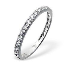 Size M - Eternity Ring With 23 Cubic Zirconia Gemstones - Sterling Silver