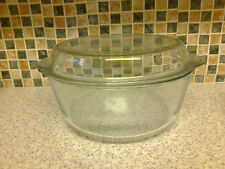 VINTAGE LARGE BORCAM PYREX CASSEROLE DISH + LID WITH HINT OF BLUE FOR 4/6 PEOPLE