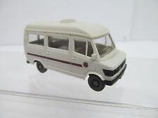 eso-13097 Wiking 1:87 Mercedes Wohnmobil mit minimale Gebrauchsspuren,
