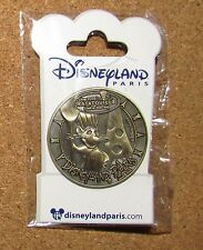 Disney Pin CARDED Paris Ratatouille Remy Medal Medallion Coin Gold New RARE