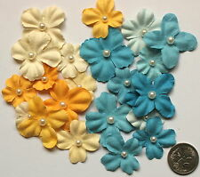 SCRAPBOOKING NO 129 - 20 SMALL/MEDIUM PRIMA FLOWERS Pearl Centres