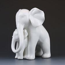 Chinese Dehua porcelain Handwork Statues --Elephants and elephants  G226
