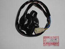 Interruttore Dx - Case Assy R.- Kawasaki KH400 NOS: 46132-010