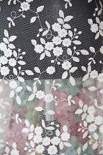 HX008 oscuro Marfil Transparente Floral Encaje 130cm Ancho Vendido Por 1/2 yardas