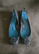 Oka B women's spa shoes gray embellished with jewels size 6