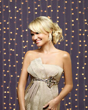 Chenoweth, Kristin [Pushing Daisies] (41915) 8x10 Photo