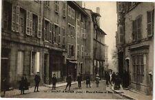 CPA SAINT-AMOUR - Place d'Armes et Rue Centrale (211425)
