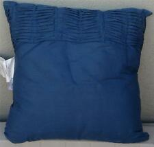 BRAND NEW Ravae Polyester Fiber Fill Throw Pillow, PRETTY PATTERN