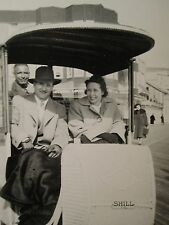 ANTIQUE ATLANTIC CITY NJ LOVERS 1949 ROLLING CHAIR SHILL RIDE BOARDWALK PHOTO