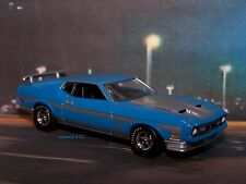 1971 71 FORD MUSTANG MACH 1 RAM AIR 351 COLLECTIBLE DIORAMA MODEL 1/64 SCALE