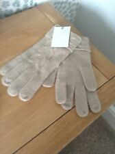 LADIES DEANE & WHITE 100% PURE CASHMERE CAMEL CABLE KNIT GLOVES BRAND NEW