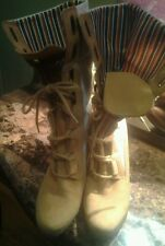 Timberlands wheat/white 3 inch heels size 9 m boots