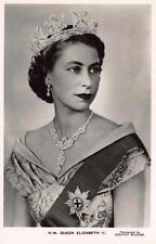 Postcard REAL PHOTO H.M Queen Elizabeth II Photo by Dorothy Wilding