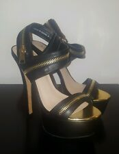 BNWB Bebe Yudelka Zipper Sandals