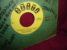 Tradewinds The Party Starts At Nine / Gene Phillips Hey Bartender 45 RPM Repro