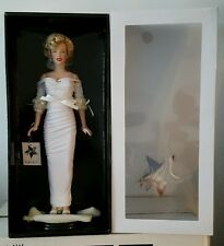 BRAND NEW FRANKLIN MINT MARILYN MONROE LIFE MAGAZINE DOLL NIB