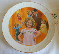 """THE SHIRLEY TEMPLE COLLECTION """"CURLY TOP"""" PLATE  10 1/4"""" COA"""