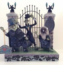 Disney Showcase Jim Shore Haunted Mansion Hitchhiking Ghosts Figurine - New