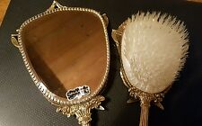 VINTAGE STYLEBUILT ACCESSORIES NY 24K GOLD PLATED MIRROR AND BRUSH SET LAURELS